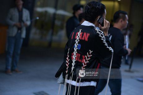 Doc quyen: Street style chat lu tai Tuan le thoi trang Seoul - Ngay 2 - Anh 15