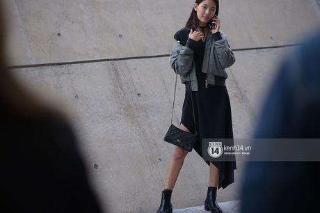Doc quyen: Street style chat lu tai Tuan le thoi trang Seoul - Ngay 2 - Anh 19
