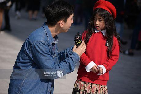 Doc quyen: Street style chat lu tai Tuan le thoi trang Seoul - Ngay 2 - Anh 27