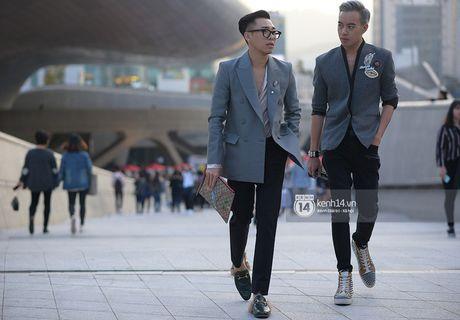 Doc quyen: Street style chat lu tai Tuan le thoi trang Seoul - Ngay 2 - Anh 8