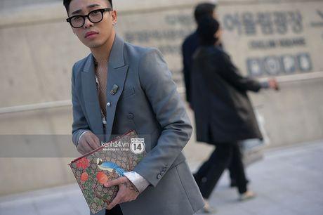 Doc quyen: Street style chat lu tai Tuan le thoi trang Seoul - Ngay 2 - Anh 9