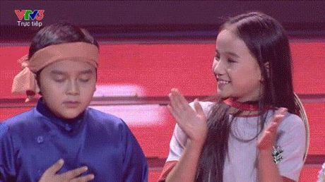 Nhung khoanh khac tu tin dang yeu cua cac be The Voice Kids trong dem liveshow 5 - Anh 11