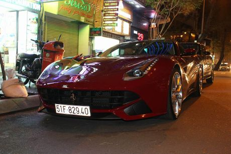 Cuong Do La mua sieu xe Ferrari F12 Berlinetta - Anh 4