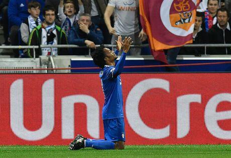 Buffon can pha 11 m, Juventus thang trong tran mat nguoi - Anh 8