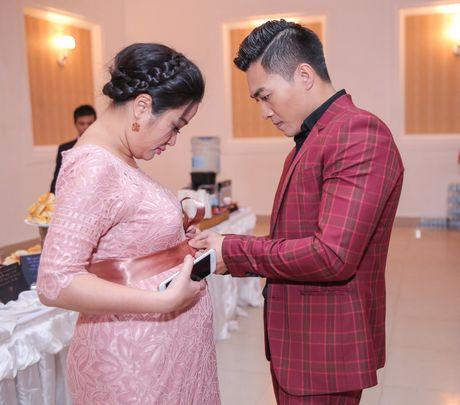 MC Hong Phuong co bau 6 thang van to chuc su kien cho chong - Anh 3