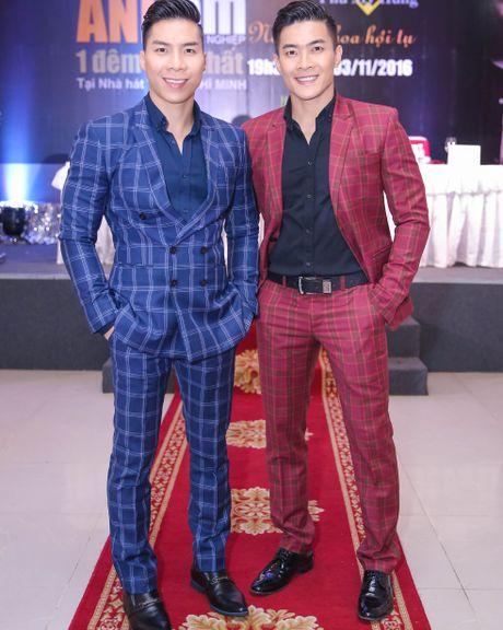 MC Hong Phuong co bau 6 thang van to chuc su kien cho chong - Anh 6