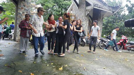 Dua thi the 3 phi cong tu nan trong vu may bay roi ve TP.HCM - Anh 18