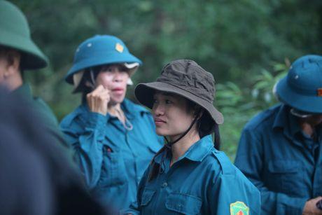 Dua thi the 3 phi cong tu nan trong vu may bay roi ve TP.HCM - Anh 2