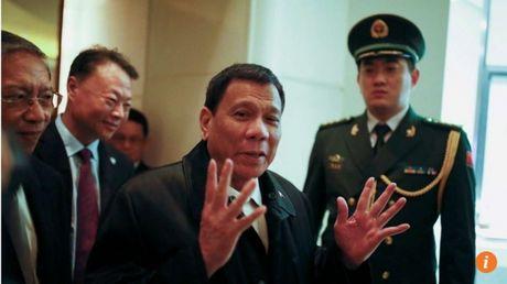 Toi Bac Kinh, ong Duterte noi khong ban chuyen Bien Dong - Anh 1