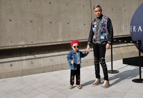 Di Seoul Fashion Week, hoc street style the gioi - Anh 5
