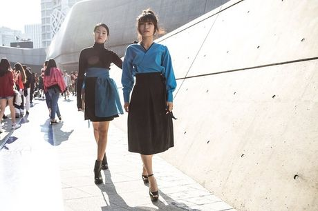Di Seoul Fashion Week, hoc street style the gioi - Anh 7
