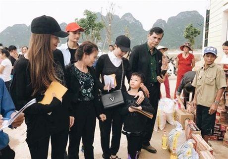 Am long sao Viet xoa diu noi dau sau lu du o mien Trung - Anh 6