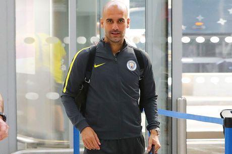 Thay tro Pep Guardiola banh bao hanh quan sang lam khach Barca - Anh 8