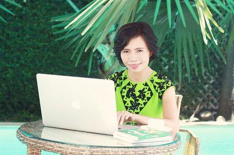 Nha van Trang Ha: Khi lam chu cuoc doi minh, phu nu se hanh phuc! - Anh 2