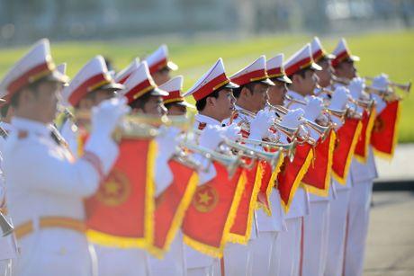 Doan dai bieu Quoc hoi vieng Chu tich Ho Chi Minh - Anh 7