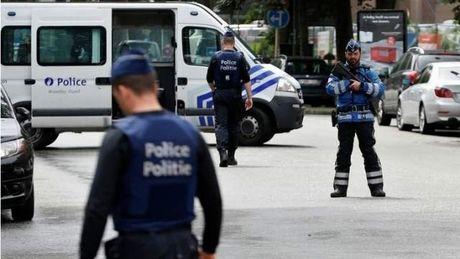 Bỉ: Cảnh sát sơ tán hàng chục người tại trung tâm mua sắm