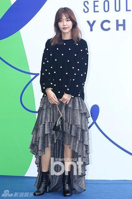 Sao Han chuong phong cach ca tinh o Seoul Fashion Week - Anh 10