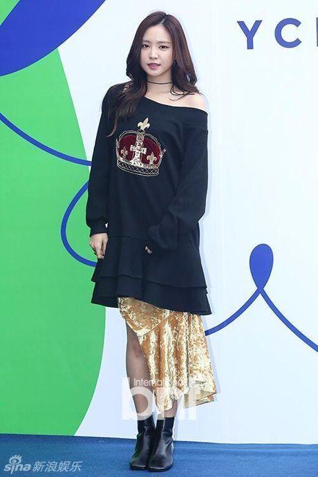 Sao Han chuong phong cach ca tinh o Seoul Fashion Week - Anh 11