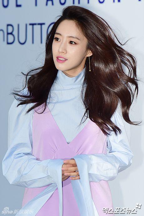 Sao Han chuong phong cach ca tinh o Seoul Fashion Week - Anh 8