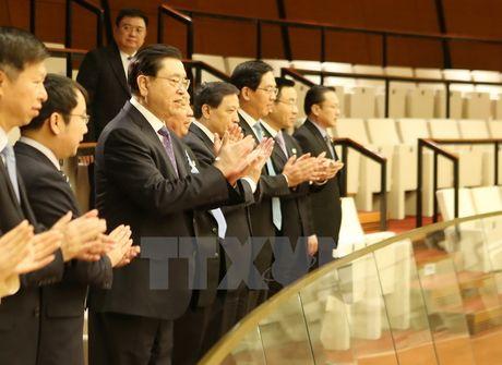 Ủy viên trưởng Nhân đại Trung Quốc dự khán phiên họp của Quốc hội