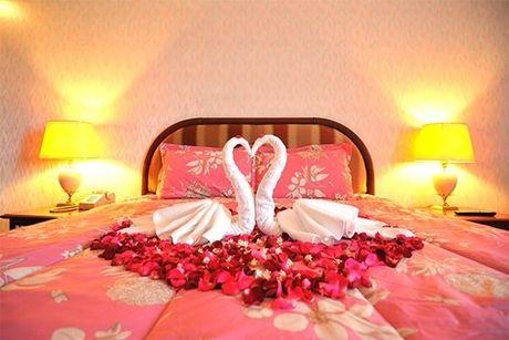 1 81878 Tủ đầu giường phòng ngủ đặt sao cho phong thủy tốt