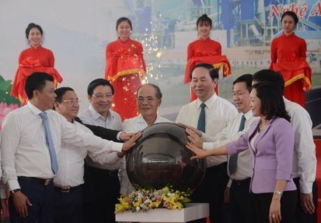 Nghe An: Chu tich nuoc nhat nut van hanh Nha may Xi mang Song Lam - Anh 1