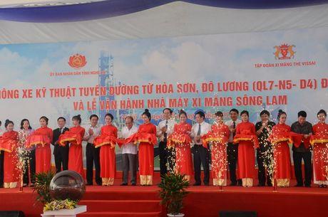 Nghe An: Chu tich nuoc nhat nut van hanh Nha may Xi mang Song Lam - Anh 3