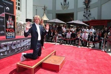 Dao dien Michael Bay tu hao dat dau an ca nhan tai Dai lo Hollywood - Anh 6
