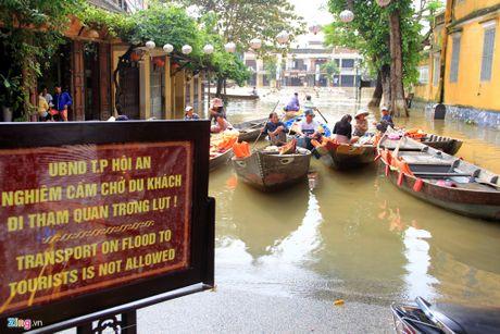 12 dieu khach Tay ri tai nhau truoc khi toi Viet Nam - Anh 6