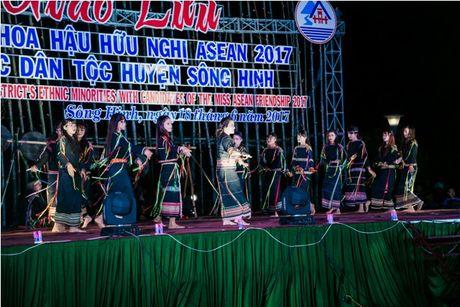 Phu Yen da lam say long cac nguoi dep ASEAN nhu the nao? - Anh 5