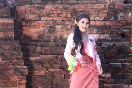 Phu Yen da lam say long cac nguoi dep ASEAN nhu the nao? - Anh 7