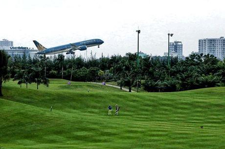 Bo truong Ngo Xuan Lich: Bo Quoc phong san sang thu hoi san golf Tan Son Nhat - Anh 1