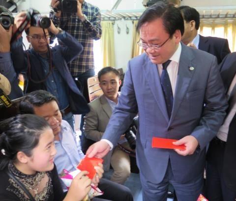 Tân Bí thư Hà Nội, TPHCM hoạt động không mệt mỏi